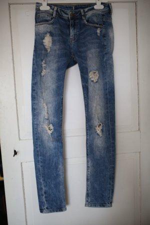 ZARA Boyfriend Jeans im Usedlook Gr. Slim