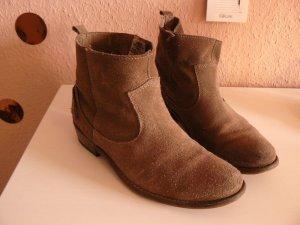 Zara braune Boots Cowboylook
