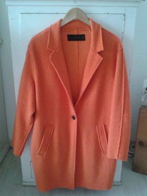 Zara Abrigo de invierno naranja