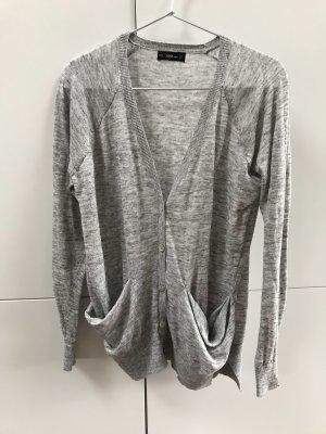 ZARA Cardigan mit Perlmutt Knöpfen Grau Hellgrau Gr. 36 / S - nur einmal getragen 100% neuwertig!