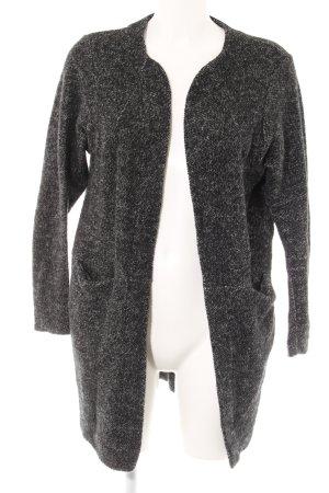 Zara Cardigan schwarz-grau meliert Street-Fashion-Look