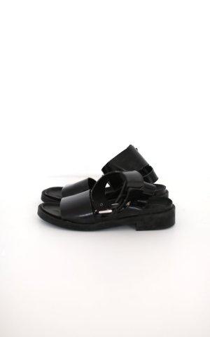 Zara Chunky Sandalen in schwarz Lackleder Gr. 38 Buckle mit Schnalle Gr. 38