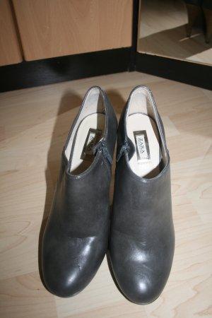 Zara Collection Ankleboots Gr. 40 grau Leder