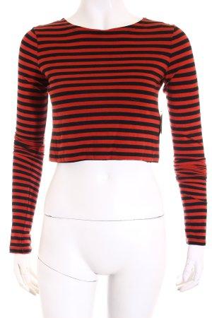 Zara Cropped Shirt schwarz-rot Streifenmuster Street-Fashion-Look