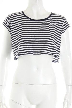 Zara Cropped Shirt weiß-dunkelblau Streifenmuster Street-Fashion-Look