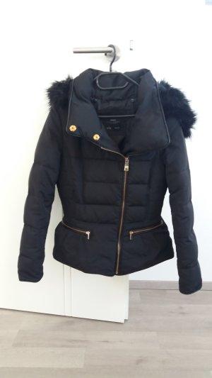 ZARA Daunen-Jacke in schwarz, Gr. 36/S