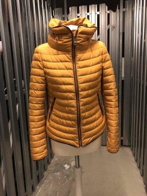 Zara Manteau en duvet orange doré-orange clair