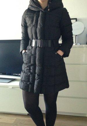 Zara Daunenmantel / Wintermantel mit XXL Kapuze in Größe M
