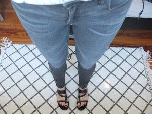 ZARA DENIM Mid Rise Skinny Jeans