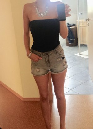 Zara destroyed High Waist Shorts