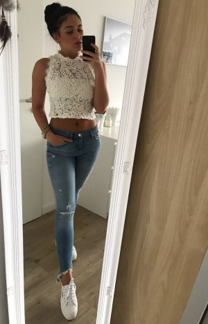 Zara Destroyed Jeans hellblau