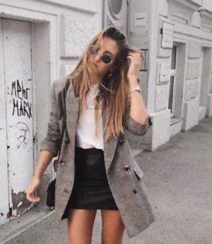Zara Blazer Boyfriend color plata-negro
