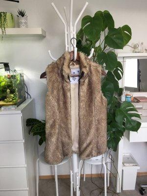 Zara Fake Fur Weste S/36