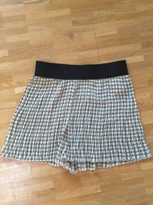 Zara Falten Shorts XS 32 34