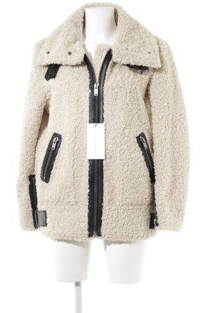 Zara Fliegerjacke creme extravaganter Stil