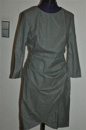 Zara Robe fourreau multicolore tissu mixte
