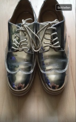 Zara Zapatos brogue color plata-gris claro