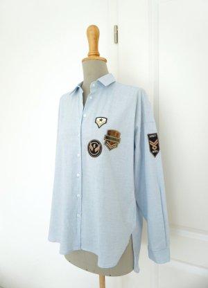 Zara Hemd Bluse blau hellblau Patches Aufnäher Army Style