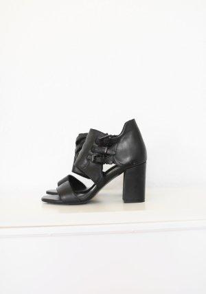 Zara High Heels Sandalen Gr. 38 schwarz Echtes Leder wie Neu