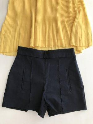 ZARA high waist schmale Shorts kurze hose slim 36