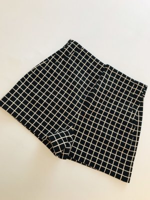 ZARA High-Waist Short Gr. M