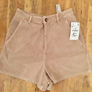 Zara High Waist Shorts Cord Gr. S, Gr. M neu