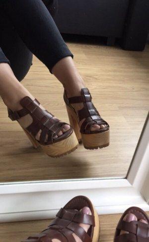 Zara Plateauzool Sandalen met Hoge Hakken bruin