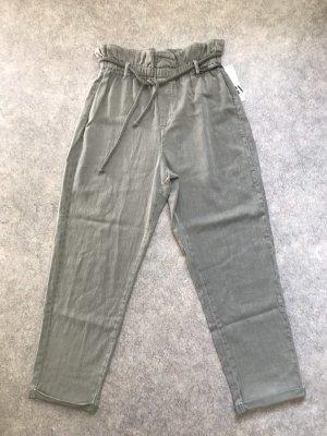 Zara Hose aus Baumwolle in lichtgrau Gr.40 NP 49,95€