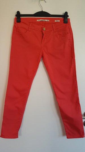 Zara Woman Pantalón tobillero rojo