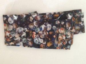 Zara Hose mit Blumenmuster Gr. 34