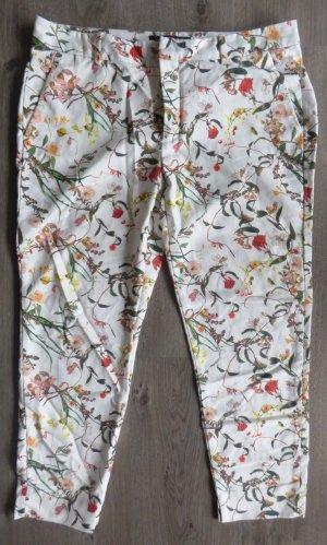Zara Hose mit floralen Muster