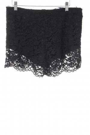 Zara Short moulant noir élégant