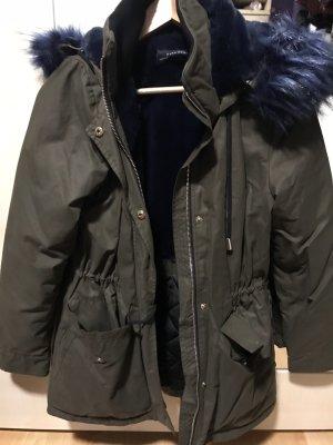 Zara Veste en fausse fourrure vert foncé-bleu