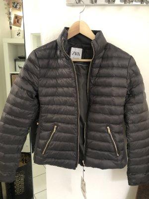Zara Jacke Größe M neu mit Etikett