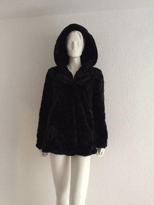 Zara Abrigo de piel sintética negro