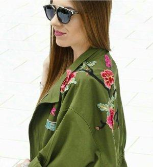 Zara Jacke mit Stickerei