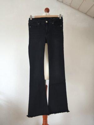 ZARA Jeans 34 XS Schlaghose Bootcut Fransen schwarz