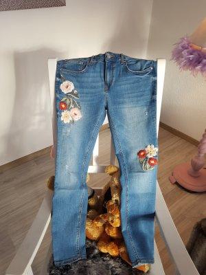 Zara Jeans bestickt