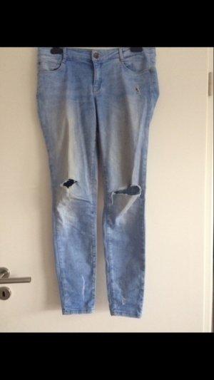 Zara Jeans blau destroyed