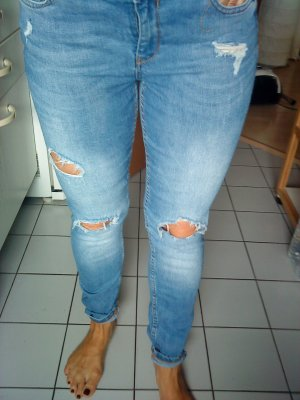 Zara Jeans Destroyed 40