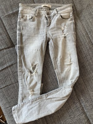 Zara Jeans Destroyed Hellgrau