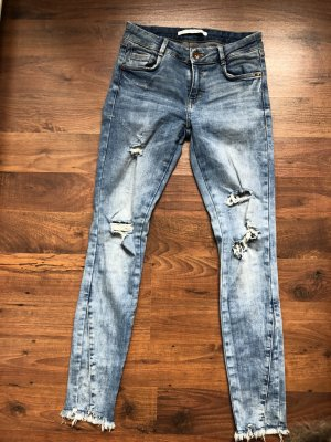 Zara Jeans destroyed ripped