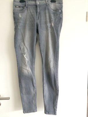 Zara Jeans grau destroyed