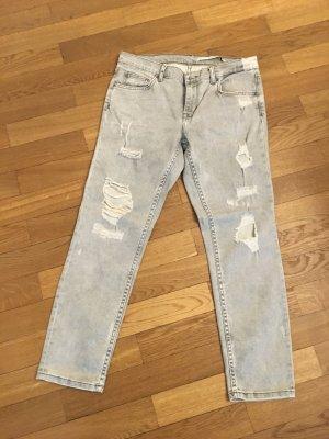 ZARA Jeans hellgrau, distressed, mit Löchern, Gr. 38
