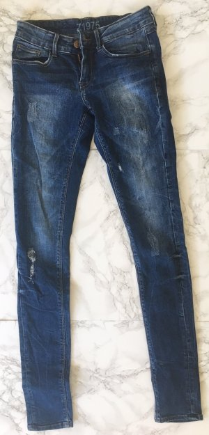 "ZARA Jeans in Größe 34 ""Used Look"""