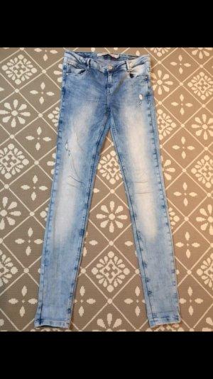 Zara Jeans kaum getragen..fast wie neu