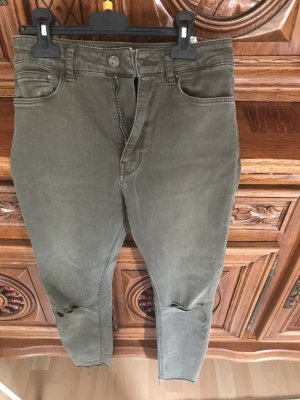 Zara Broek met wijd uitlopende pijpen khaki