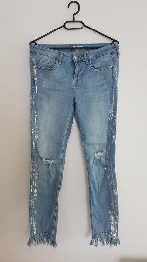 Zara Jeans mit Details