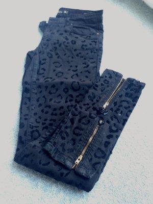 Zara Jeans schwarz Größe 34 mit Leoprint