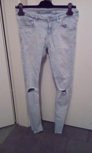 Zara jeans skinny desdroyed Look